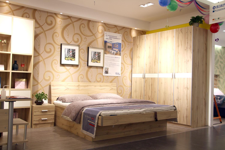 强力简约风卧室家具 拂来清新舒适之气