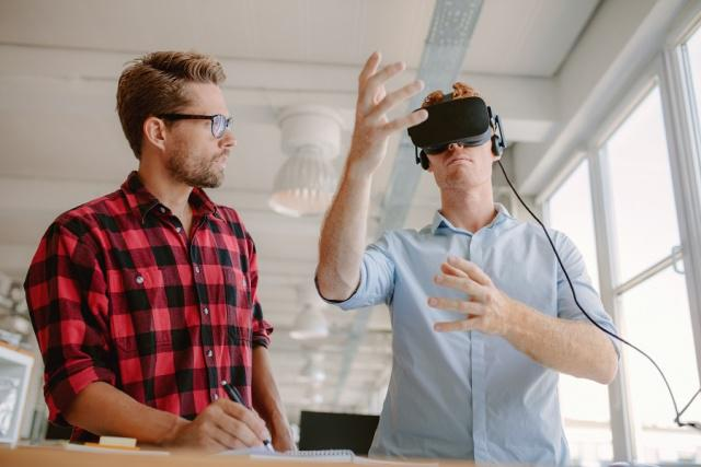 电商巨头都在用,AR、VR卖家具到底靠不靠谱?