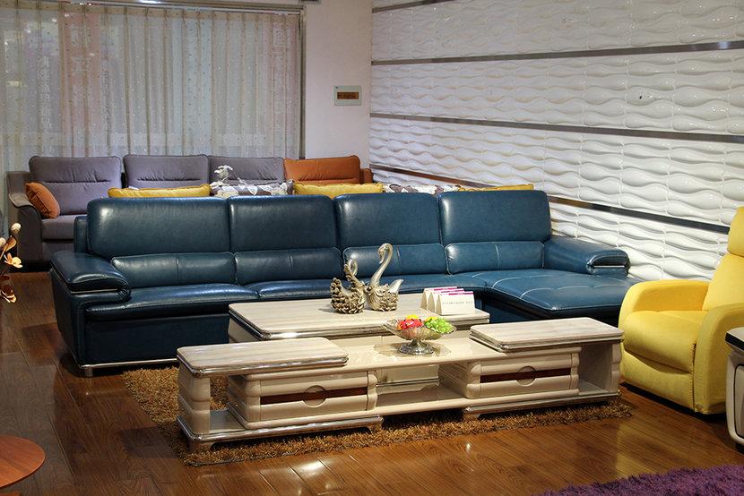集美家居生活体验馆 牛皮转角沙发7800元