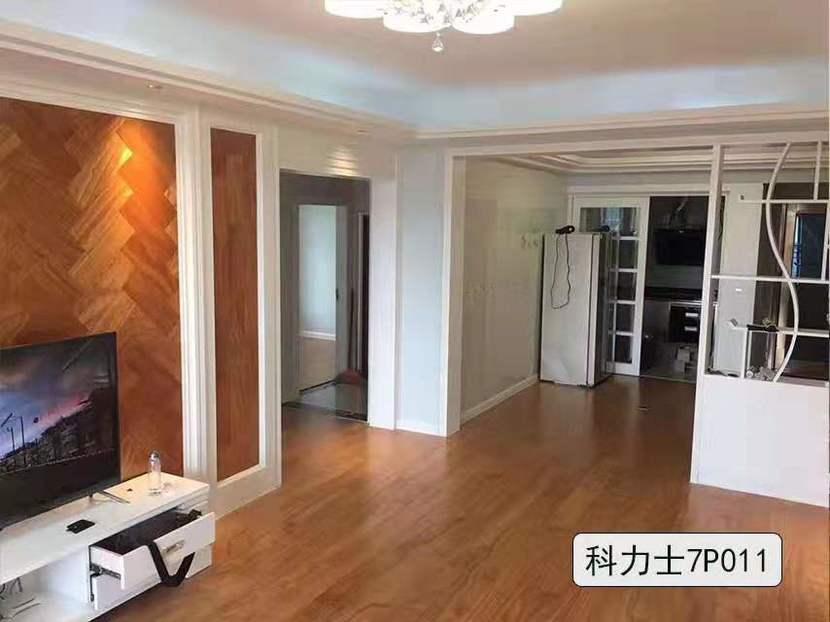 福人地板 强化复合系列特价158元/㎡