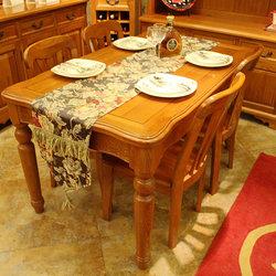 米勒小镇 0003餐桌+P003椅子*4