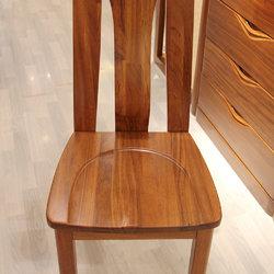 赛亚特 5806 餐椅