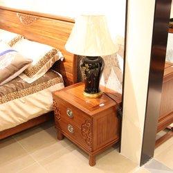 鸿亚博伦旗下品牌  和禾 201 床头柜