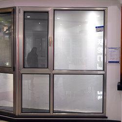 沃伦门窗 60 平开窗