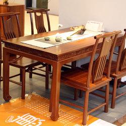 一品木阁 餐桌