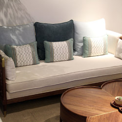 时尚和 H6138 三人沙发