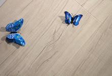 欧宝浅色木纹强化地板  特价138元/㎡