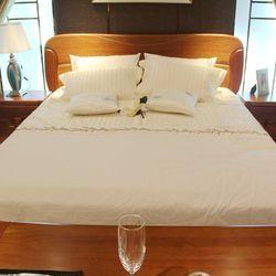 雄丰家具 D0619-2 双人床+床垫