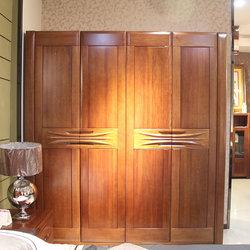 圣诺·实木 820 四门衣柜